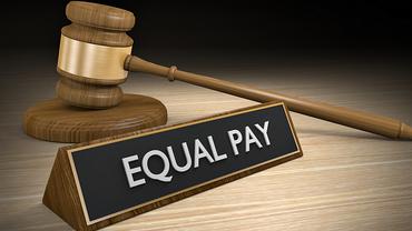 Equal Pay per Gesetz!