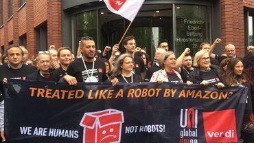 Aktion gegen Arbeitsbedingungen bei Amazon