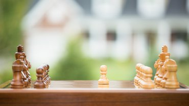 Schach Auftakt Start Verhandlung Konflikt Auseinandersetzung