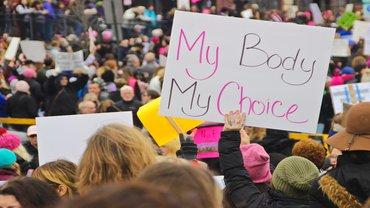 Schwangerschaft Abbruch Abtreibung schwanger Demo Body Choice